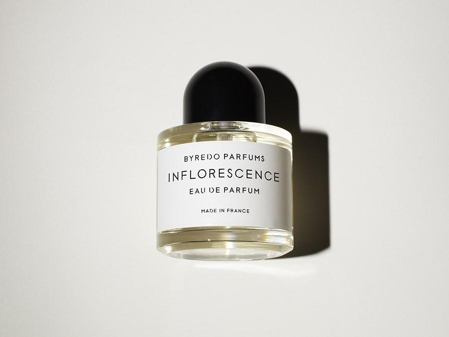 Продажа парфюмерии (отливантов) - некоммерческая тема  d13acf2aada5c